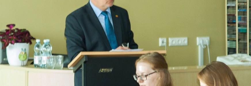Švietimo ir mokslo ministrė A.Pitrėnienė pasiklydo tarp ambicijų ir realybės